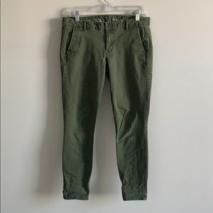 GAP GREEN KHAKIS SIZE 6